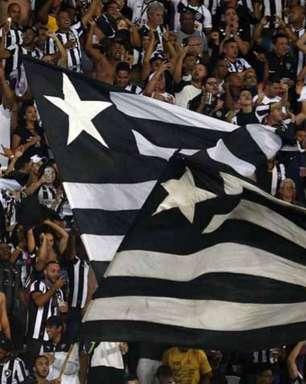 Torcida do Botafogo prepara carreata para acompanhar ônibus do time no próximo jogo do Brasileirão