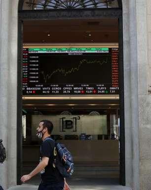 Vale e receios fiscais pesam e Ibovespa fecha em queda