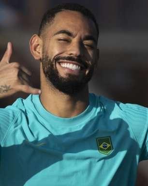 Matheus Cunha treina em campo e pode retornar à Seleção
