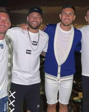 Foto de Messi com Neymar e jogadores do PSG serviu como flerte dos franceses