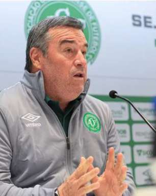Pintado foi apresentado como novo técnico da Chapecoense