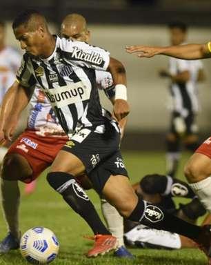 Santos perde para Juazeirense, mas avança na Copa do Brasil