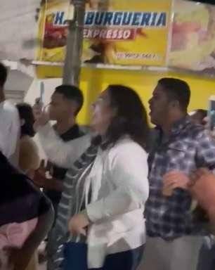 Foguetório, emoção, festa: Ubaitaba celebra ouro de Isaquias
