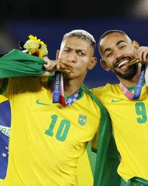 Ouro e arrogância: futebol brasileiro teve 2 pódios no Japão