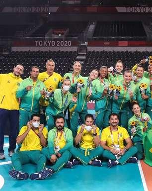 Vôlei e boxe finalizam melhor Olimpíada do Brasil com pratas