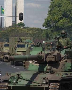Tanques nas ruas aumentam racha na base governista