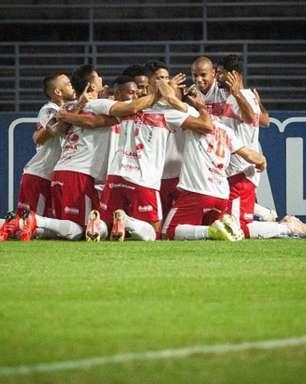 Com gol olímpico, CRB vence Brusque e assume vice-liderança da Série B