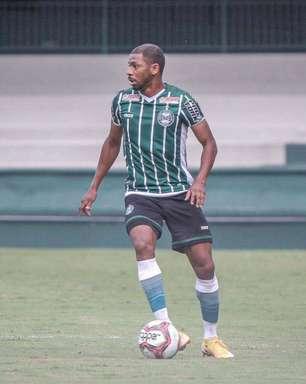 Waguininho fala sobre crescimento no Coritiba e espera manter sequência com a equipe na Série B