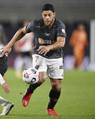 Atlético-MG aguenta pressão do River Plate e vence por 1 a 0