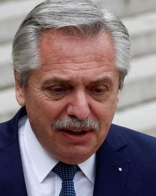 Oposição pede impeachment de presidente da Argentina
