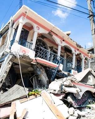 Centenas de mortes e casas virando destroços: as imagens da destruição causada por terremoto no Haiti