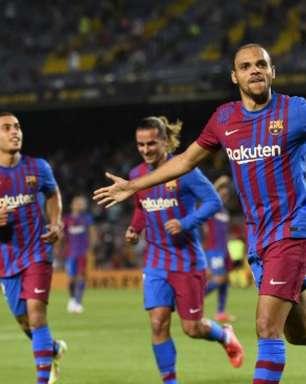Barcelona estreia após saída de Messi e vence Real Sociedad