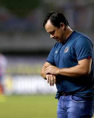'Não dá pra radicalizar', disse técnico do Bahia sobre montagem da equipe