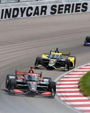 Power fatura pole position para a etapa de Gateway da Indy