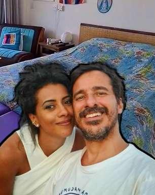 Casal de apresentadores daGloboNewstem uma cama na sala