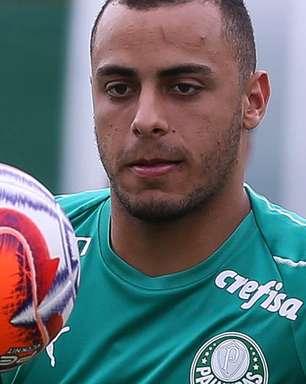 Substituto de Matheus Cunha? Hertha procura Basel por Arthur Cabral, ex-Palmeiras