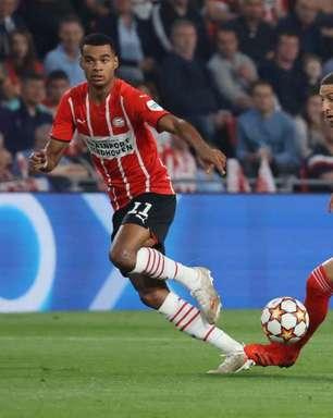Benfica empata com o PSV e avança na Liga dos Campeões