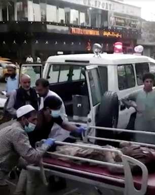 Explosões fazem vítimas na entrada do aeroporto de Cabul