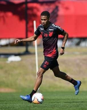 Negociação entre Athletico e Bordeaux por Vitinho tem impasse