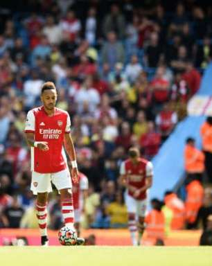 Atacante do Arsenal desabafa após goleada sofrida para o Manchester City: 'Todos precisam melhorar'
