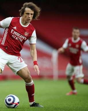 David Luiz não faz parte dos planos do Benfica, diz jornal