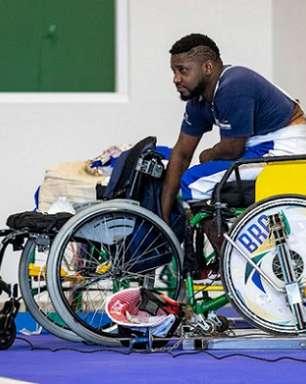 Vanderson Chaves e Monica Santos param nas oitavas de final da esgrima Nas Paralimpíadas