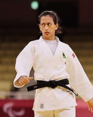 Judoca Lúcia Araújo conquista o bronze nas Paralimpíadas de Tóquio