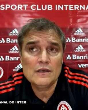 """INTERNACIONAL: Aguirre justifica 'experiência e trajetória' ao escolher Moisés ao invés de Paulo Victor, mas garante: """"Eles estão brigando pela posição"""""""