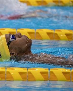 Gabriel Araújo brilha nos 50m costas e conquista mais uma medalha de ouro nos Jogos Paralímpicos
