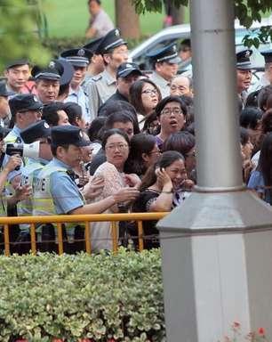 China bane shows de talentos na TV contra cultura de ídolos