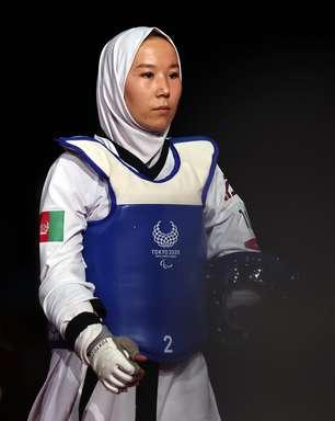 Após fugir do Talibã, atleta afegã estreia na Paralimpíada