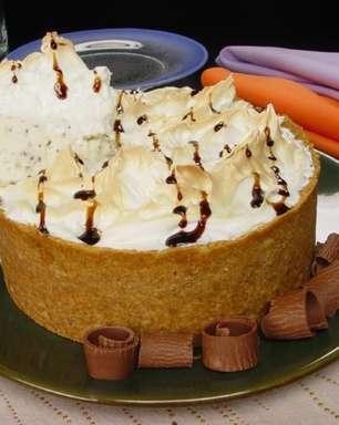 Torta de sorvete assado: sobremesa surpreendente e rápida de preparar