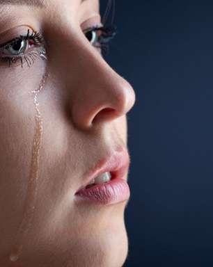 Chorar com frequência é sinal que algo não vai bem: entenda!