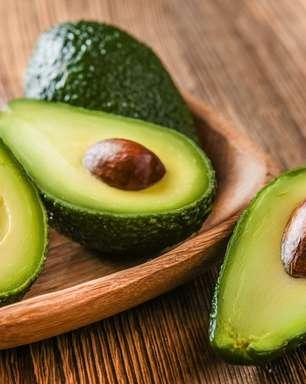 Abacate emagrece? Conheça 13 benefícios da fruta