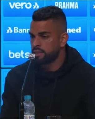 """GRÊMIO: Maicon espera se recuperar de lesão e nega planos de aposentadoria: """"Quero voltar a jogar ano que vem"""""""