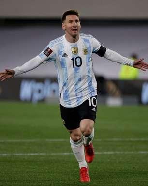 Com hat-trick de Messi, Argentina atropela a Bolívia em casa