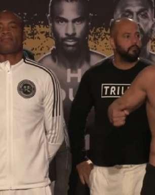 Tito Ortiz estoura peso, mas luta com Anderson Silva é confirmada; Holyfield supera Vitor Belfort em kg