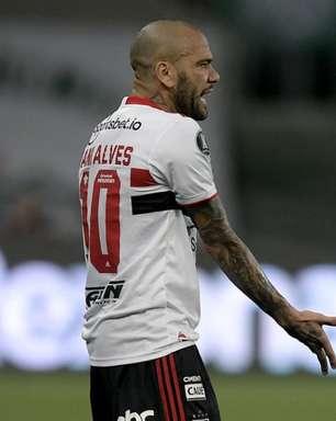 São Paulo anuncia que Daniel Alves não joga mais pelo clube