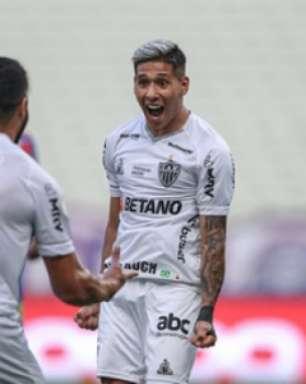 Com atuação segura, Galo derrota o Fortaleza no Castelão e aumenta a vantagem na liderança do Brasileirão