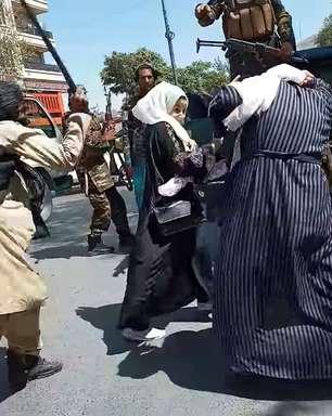 Taliban descumpre promessas sobre direitos das mulheres, diz ONU