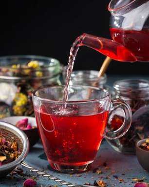 5 chás de flores: bebidas poderosas para a saúde