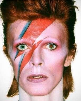 Warner Music Group assume catálogo de álbuns de David Bowie em novo acordo