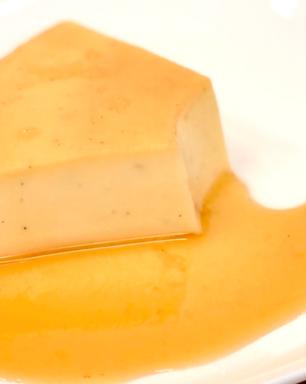 Receita deliciosa de pudim de caramelo salgado sem forno