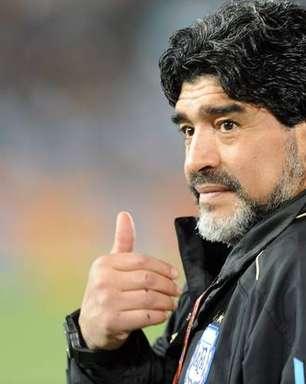 Perfil de Maradona no Instagram vira espaço de homenagens