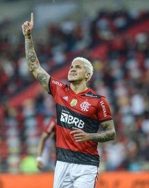 Flamengo: Pedro passa Adriano entre os maiores artilheiros