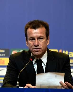 Dunga, sobre voltar ao futebol: 'Falam que eu era a primeira opção depois de demitirem quatro ou cinco'