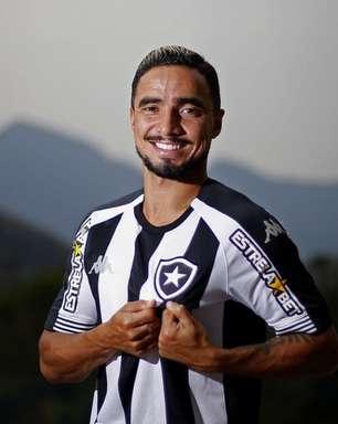 Rafael comenta previsão de estreia pelo Botafogo e admite: 'Parece que virei criança de novo'