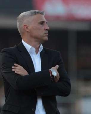 Crespo admite ansiedade do São Paulo, mas elogia: 'Voltou a ter prazer de jogar'