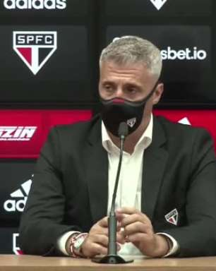 """SÃO PAULO: Crespo vê vitória merecida sobre o Atlético-GO e destaca: """"Voltamos a jogar bem e com prazer"""""""
