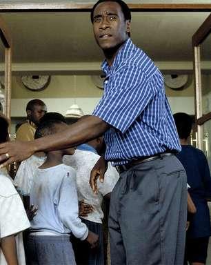 Herói que inspirou filme Hotel Ruanda é condenado a 25 anos de prisão